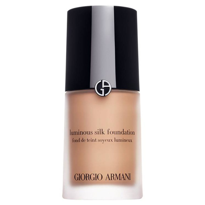 Interior Designer, Stylist, Best-Selling Author and TV Personality - Giorgio Armani Luminous Silk Foundation