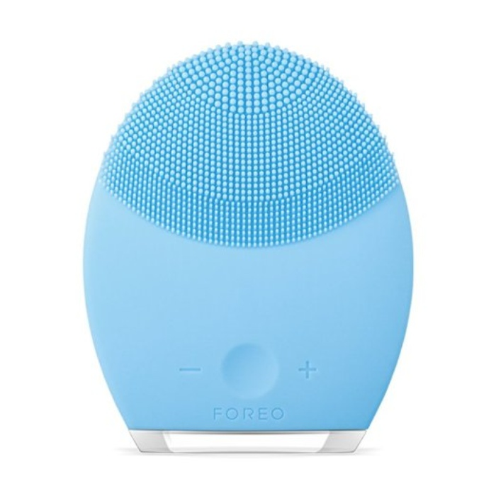 Beauty Guru and Television Host - Foreo Luna