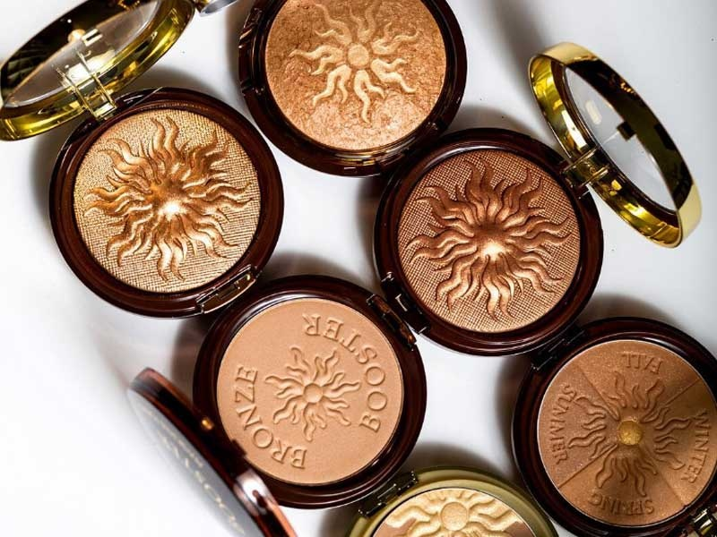 The Ten Best Drugstore Bronzers