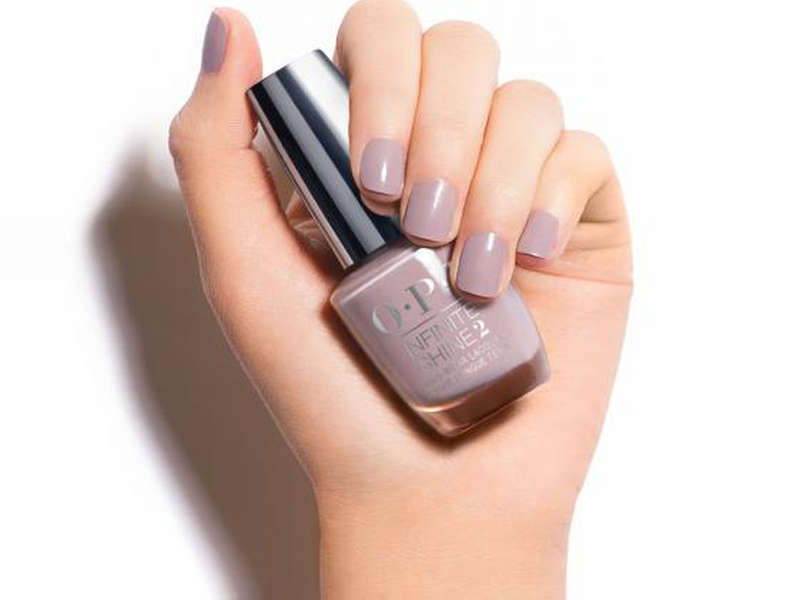 Rank & Style - Best Grey Nail Polishes
