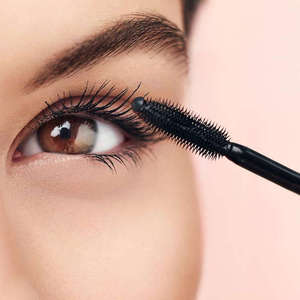 10 Best Lash Enhancing Mascaras