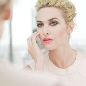 10 Best Makeup Products for Mature Skin