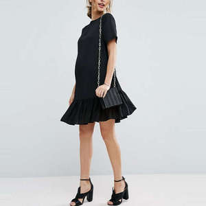 10 Best Maternity-Friendly Dresses