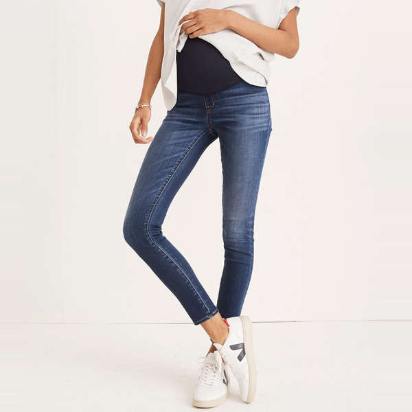 48ee58aed8e1c7 Moms-To-Be Have Given These 10 Pairs Of Skinny Jeans Their Seal Of Approval