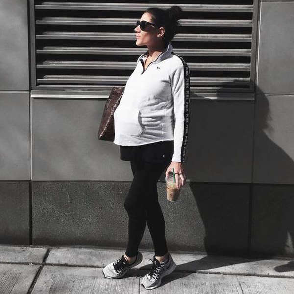 ba758493c7 The Most Amazing Maternity Leggings To Own in 2018