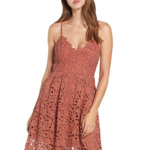 10 Best Midi Lace Dresses