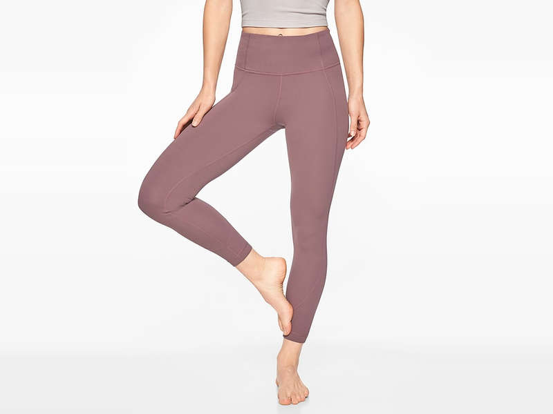 02d3a8314123f Calling All Shorties: You'll Love These Workout Leggings
