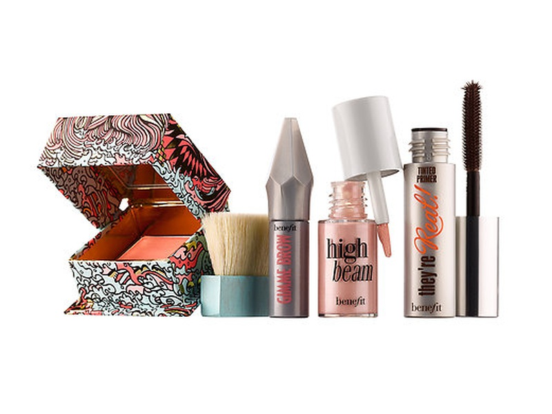 10 Best Travel Beauty Kits