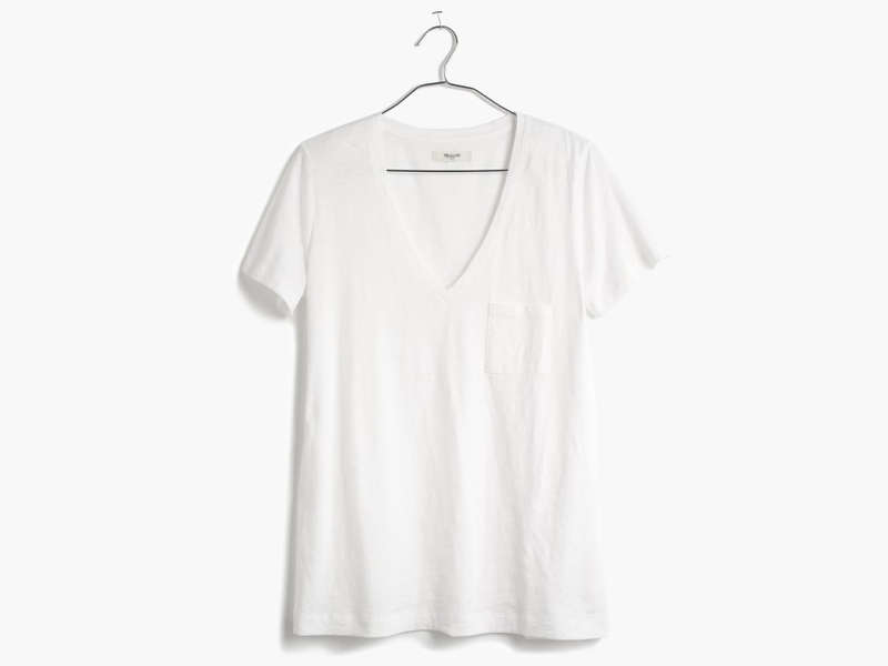 Rank & Style - Best V-Neck White Tees