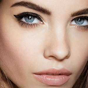 10 Best Volumizing Mascaras
