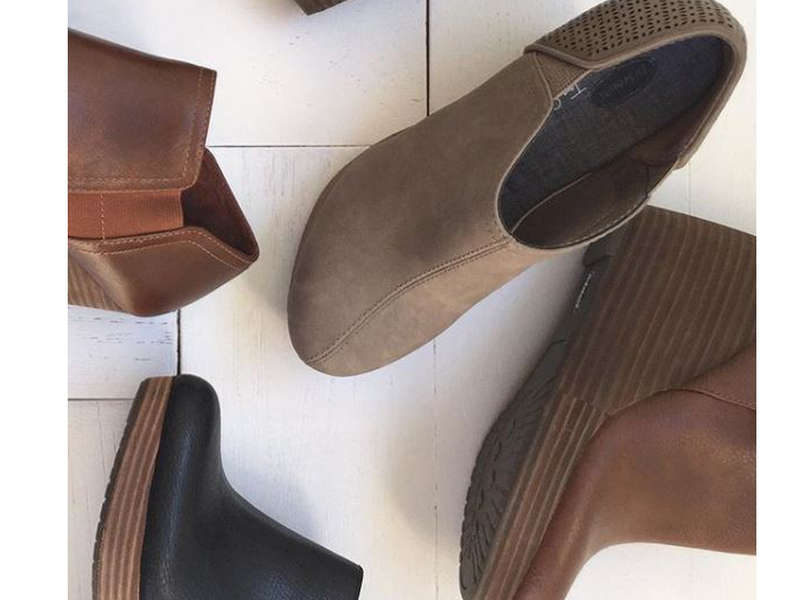 Rank & Style - Best Wedge Heel Booties