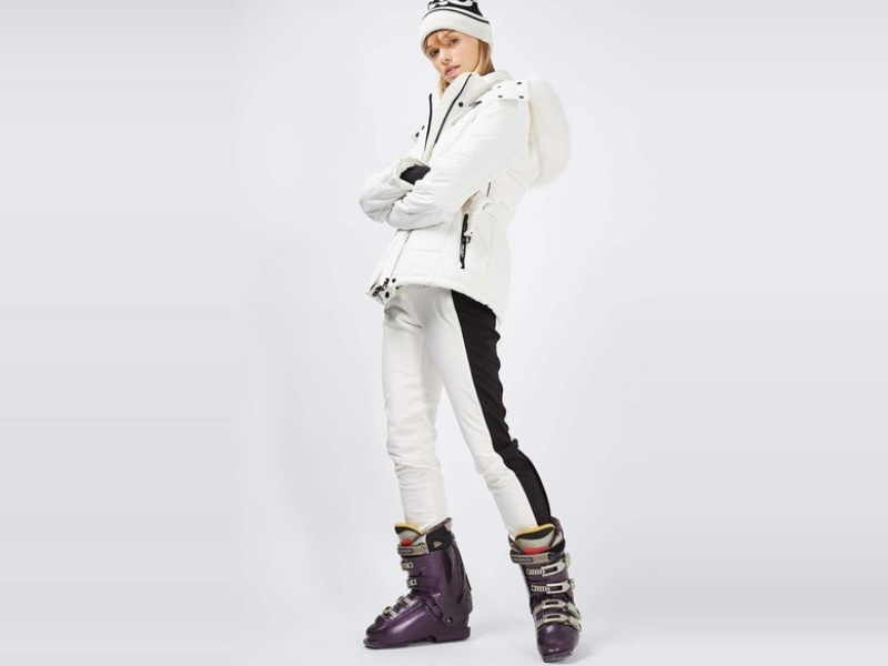 Rank & Style - Best Women's Ski Wear