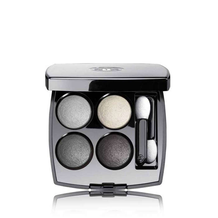 Best Eyeshadows for Your Eye Color - Chanel Les 4 Ombres Multi-Effect Quadra Eyeshadow in Tisse Smoky
