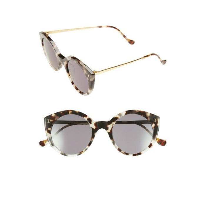 Best Sunglasses For A Round Face - Illesteva 'Palm Beach' 50mm Round Sunglasses