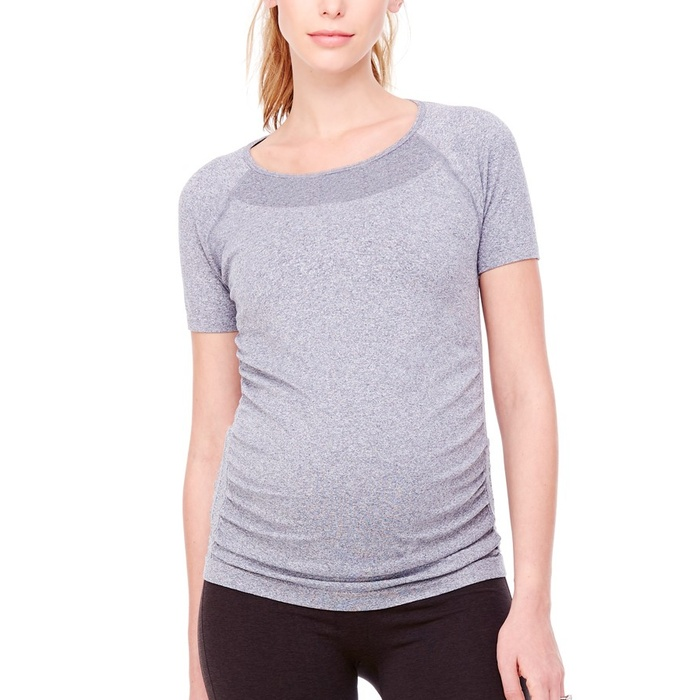 Best Maternity Activewear Tops - Ingrid & Isabel Seamless Short Sleeve Active Top