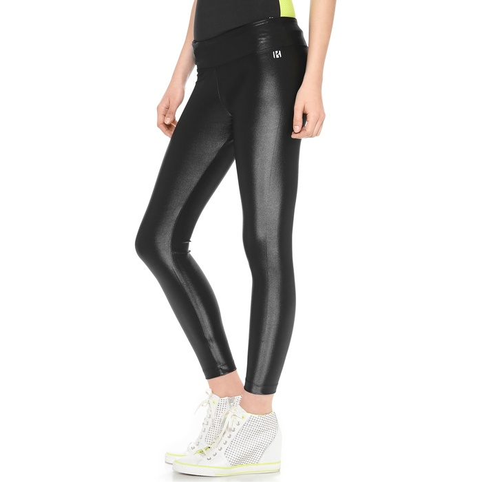 Best Gym-to-Street Fashion - Koral Activewear Lustrous Cropped Leggings