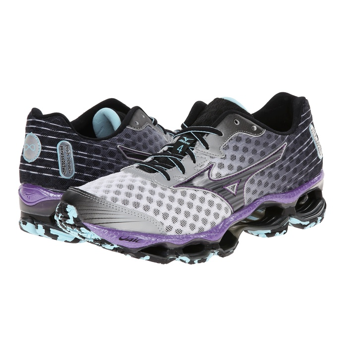 Best Winter Running Sneakers - Mizuno Wave Prophecy 4