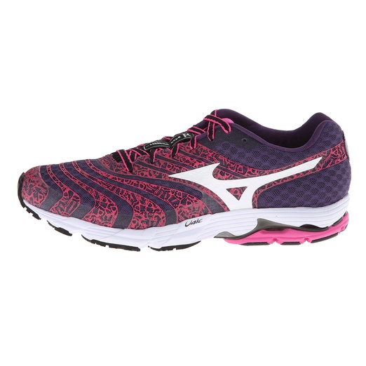 Best Fall Running Sneakers - Mizuno Wave Sayonara 2