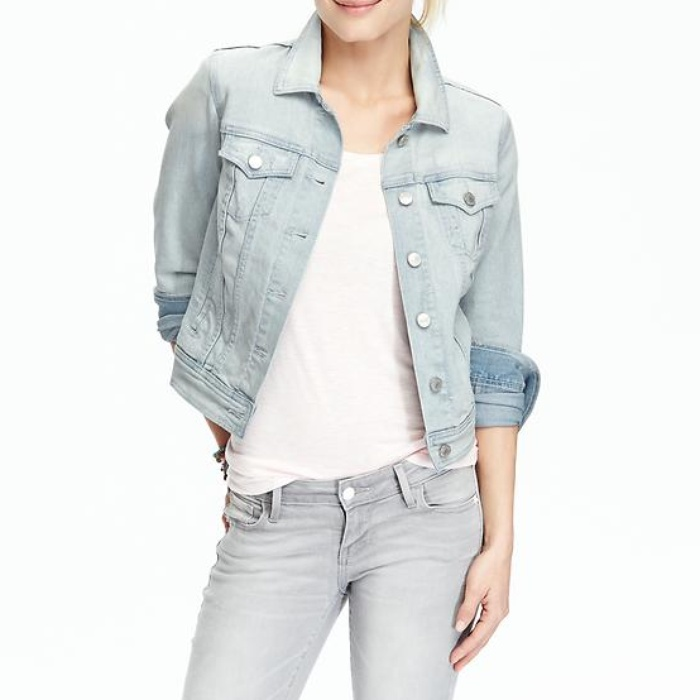 Old Navy Women's Denim Jackets in Light Wash | Rank & Style
