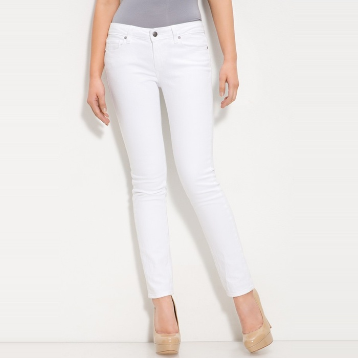 Best Your Guide To This Summer's Best White Jeans - Paige Denim Skyline Ankle Peg Skinny Jeans in Optic White