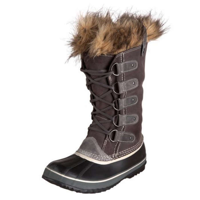 Best Apres Ski Essentials - Sorel Joan of Arctic Boot