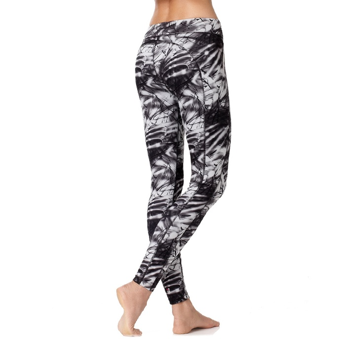 Best Wild printed workout bottoms - Sweaty Betty Chandrasana Yoga Leggings