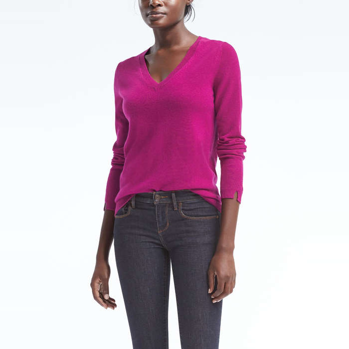 Best Women's Cashmere Sweaters Under $200 - Todd & Duncan Cashmere Vee