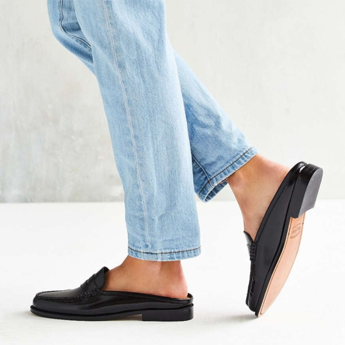 Best Women's Loafers - Urban Outfitters Bass Wynn Mule