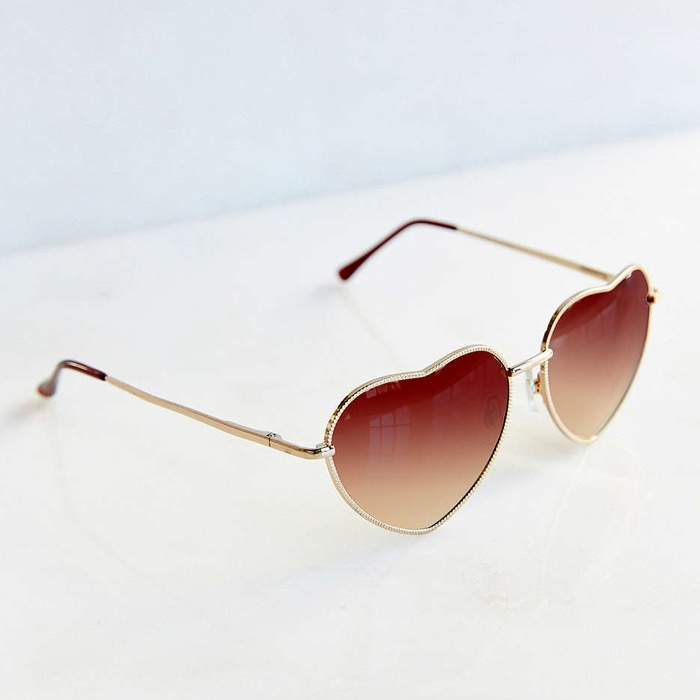 Best Sunglasses Under $25 - Urban Outfitters Heartbreaker Sunglasses